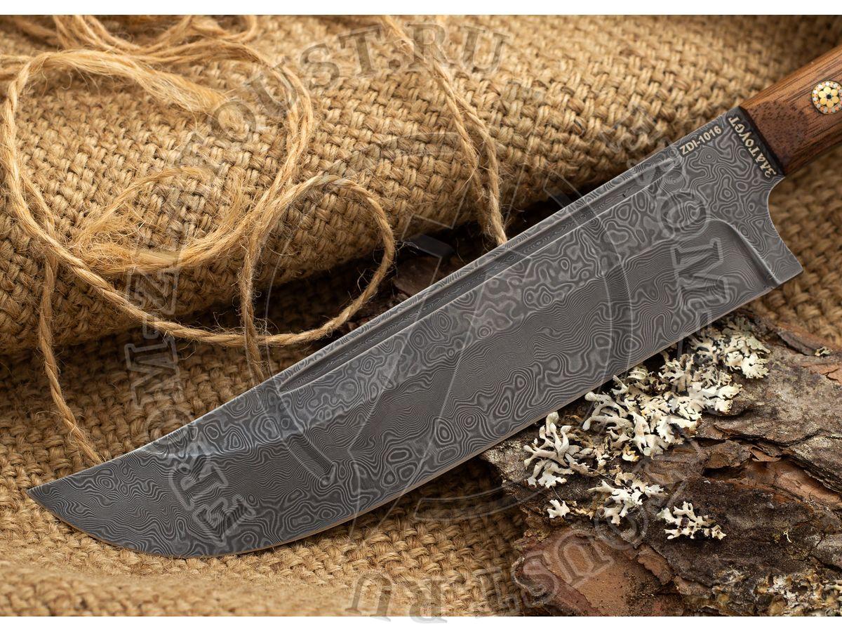 Пчак-Н. Рукоять орех. Цельнометаллический. Мозаичные пины. Белый дамаск