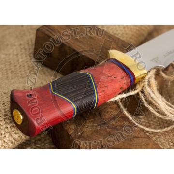 Дракула. Рукоять комбинированная люкс: стабилизированная карельская береза, орех, фибра. Латунь. Сталь 95х18