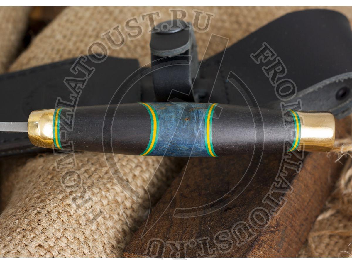 Гюрза. Рукоять комбинированная люкс: карельская береза стабилизированная, граб, фибра. Латунь. Сталь 95х18
