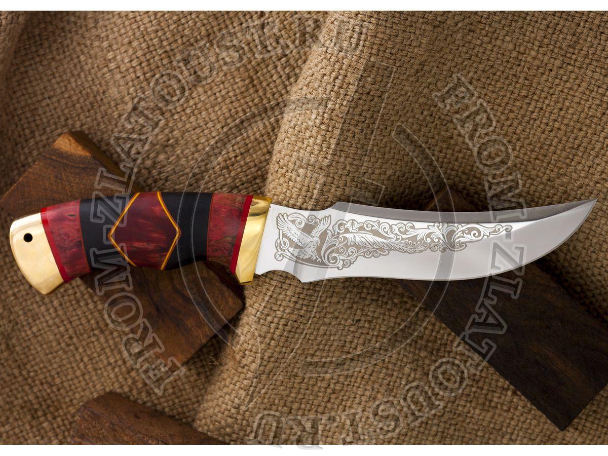 Крюк. Рукоять комбинированная люкс: стабилизированная карельская береза, граб, фибра. Латунь. Сталь 95х18