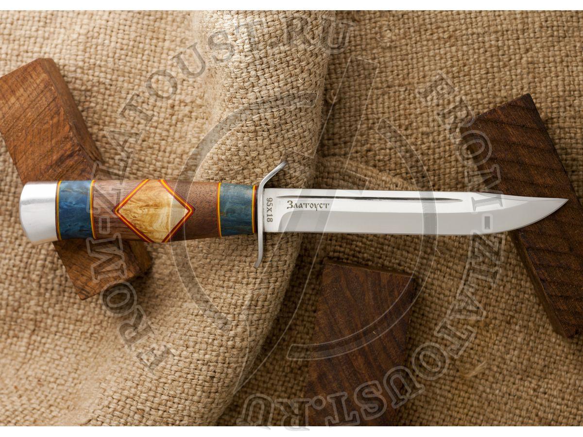 Нож разведчика. Рукоять комбинированная люкс: орех, карельская береза, фибра. Алюминий. Сталь 95х18