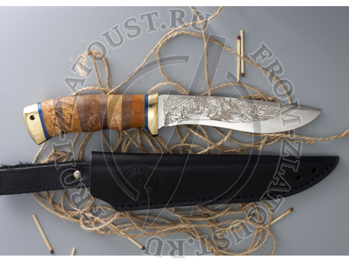 Морской волк. Рукоять комбинированная: карельская береза, орех. Латунь. Сталь 95х18