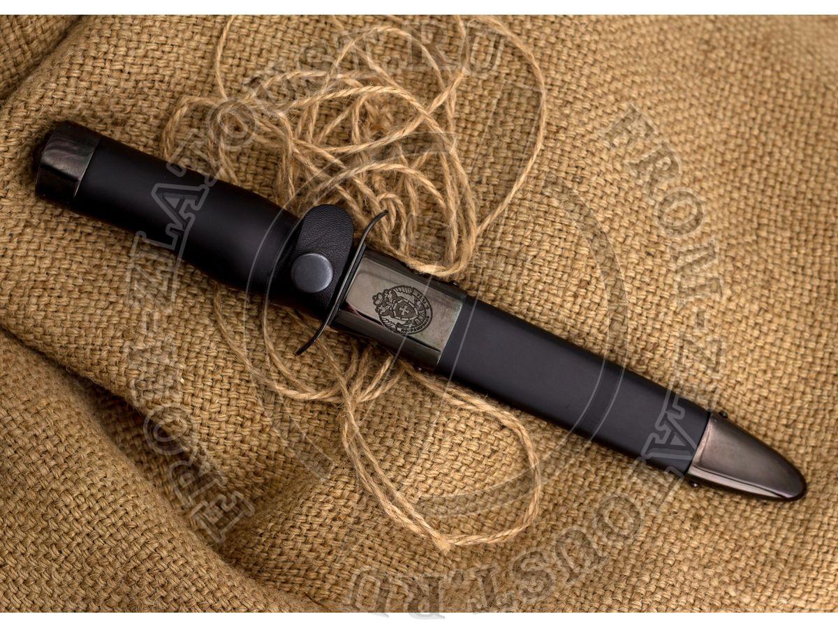 """Полигон. Рукоять и ножны дерево, полимерное покрытие. Латунь в черном никеле. Сталь ЭИ-515. """"ПС. Долг. Честь. Отечество"""""""